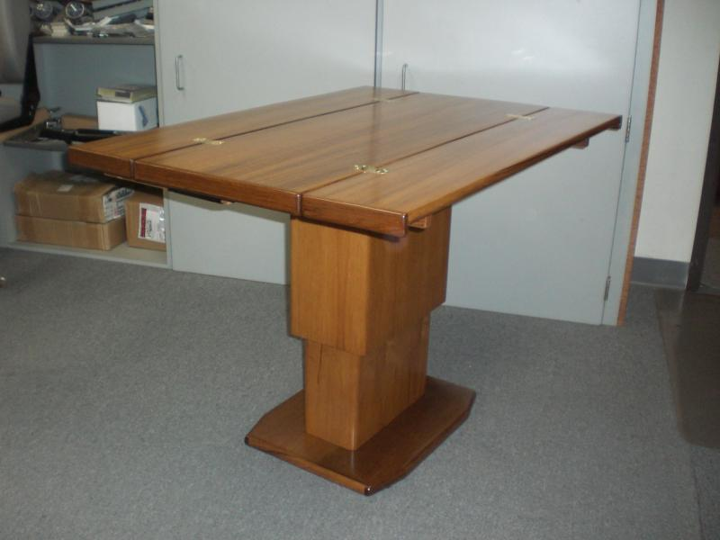 Hi-Lo Table